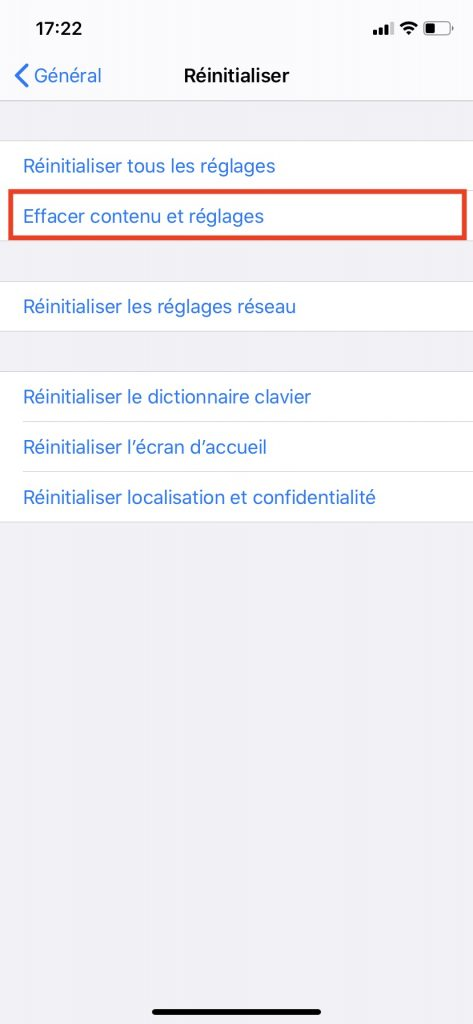 """Le bouton """"Effacer contenu et réglages"""" qui permet de réinitialiser votre iPhone pour de bon."""
